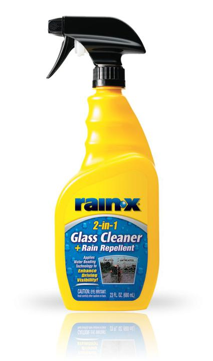 Rain-X 2-in-1 Glass Cleaner and Rain Repellant 680mL - 5071268 Sparesbox - Image 1